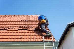 roof-leaking-katy-repairing1